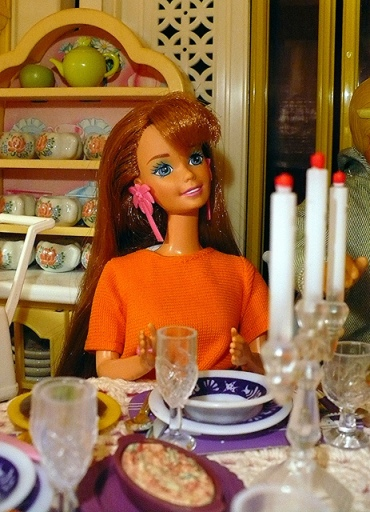 barbie-dinner-girlieman-dolls